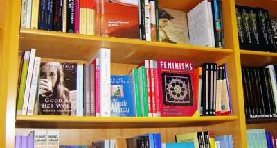 books-261228_640