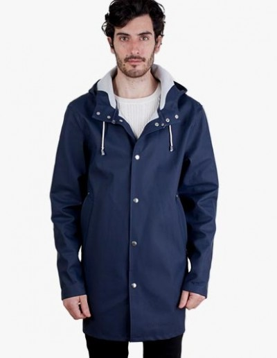 the-weekly-outfit-rain-stutterheim-raincoat